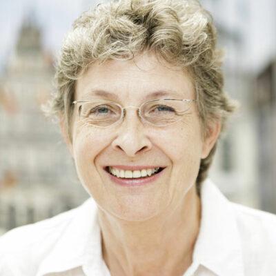 Foto: Portrait von Marlis Wortmann, Verwaltung, Handorfer Hof